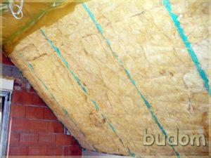 montaż ocieplenia dachu