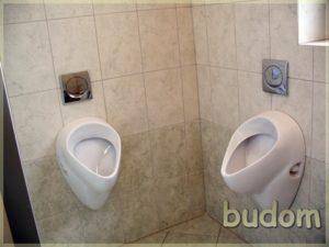 toaleta męzka zpisuarami