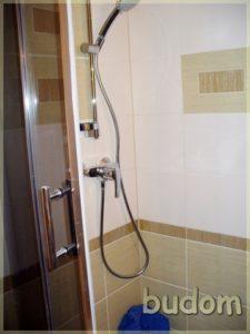 prysznic wnowej łazience