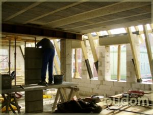 montaż komina orazścian wkamienicy