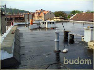 dach wraz zzamontowanymi elementami