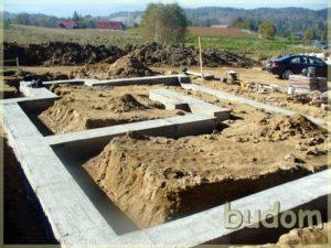 fundamenty naplacu budowy