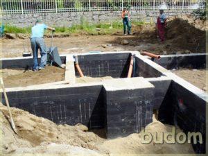 budowanie fundamentów