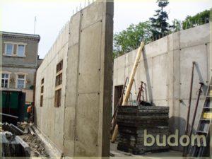 stawianie ścian nośnych
