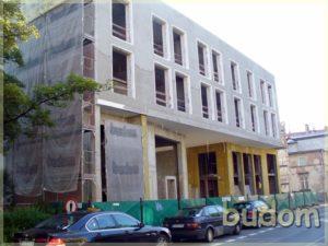 budynek podczas prac firmy budom firma budowlana