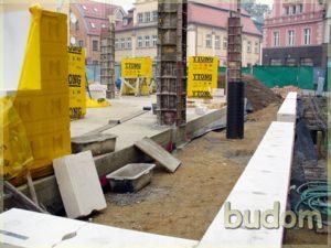 plac budowy kamienicy